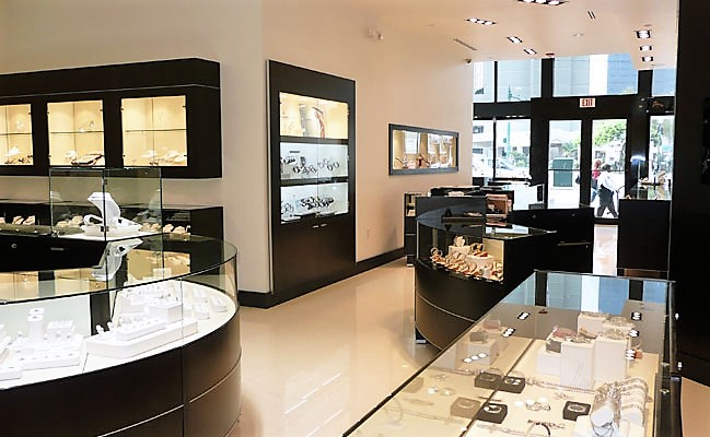 jewelry store in new orleans jewelry display cases jpdesignusa store design 8556