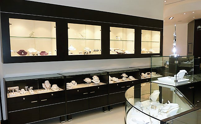 jewelry store in new orleans jewelry display cases jpdesignusa store design 7158